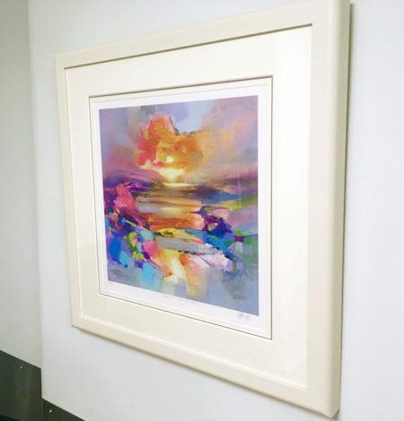 Colour Combustio white frame